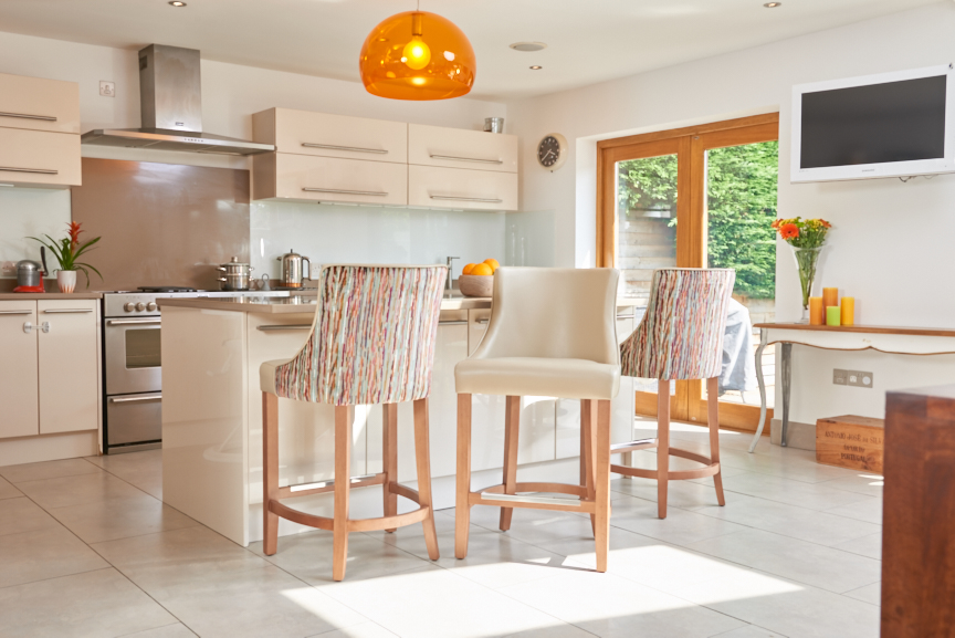 upholstered breakfast bar chairs